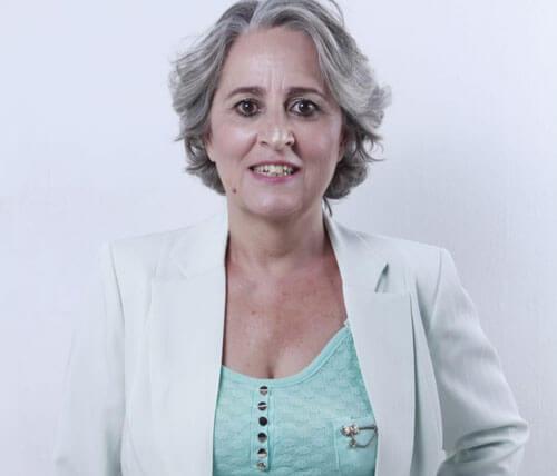 Psicóloga Dra. Cecília Freytas sorrindo